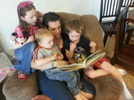 reading to kiddos